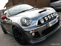 mini cooper vinyl wrapping window tinting