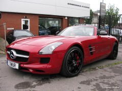 AMG SLS 63 Roadster RED Audio system upgrade. Audison DSP Bit Ten D audio processor, HERTZ HDP4 Amplifier, HERTZ HSK 165L 3Way components speakers system, Dynamat DRC, Car audio, Speaker upgrade, Amp upgrade