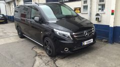 Alpine Bazooka Mercedes Vito DAB Bluetooth DVD Ipod Android Carplay Multimedia